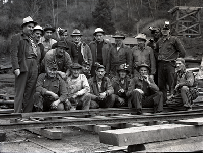 Workers from the Coast Fuel Corporation. Source: Coos History Museum and Maritime Collection, CHM 991-N118d